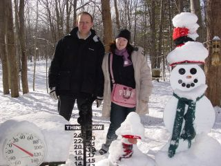 Mark Fryer and Valerie Evans from Edinburgh Scotland make 3700 mile trip to see the Snowman on January 19, 2007.