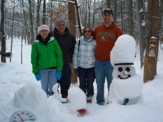 Bev & Bill Catterfeld from Saginaw, MI. Kelli & Dustin Gillispie from Gaylord, MI. 12-25-08