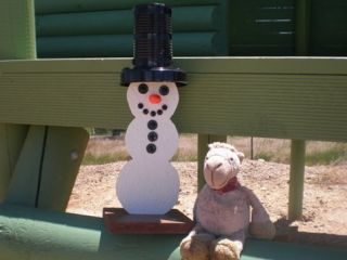 See the adventures of the Snowman in Australia. Click the picture to take a trip down under.